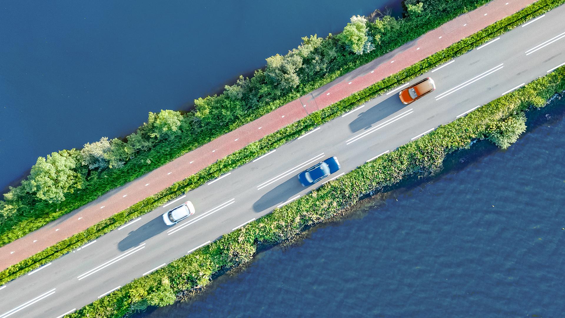 Bilar, båtar och andra fordon smart med Aktias finansiering